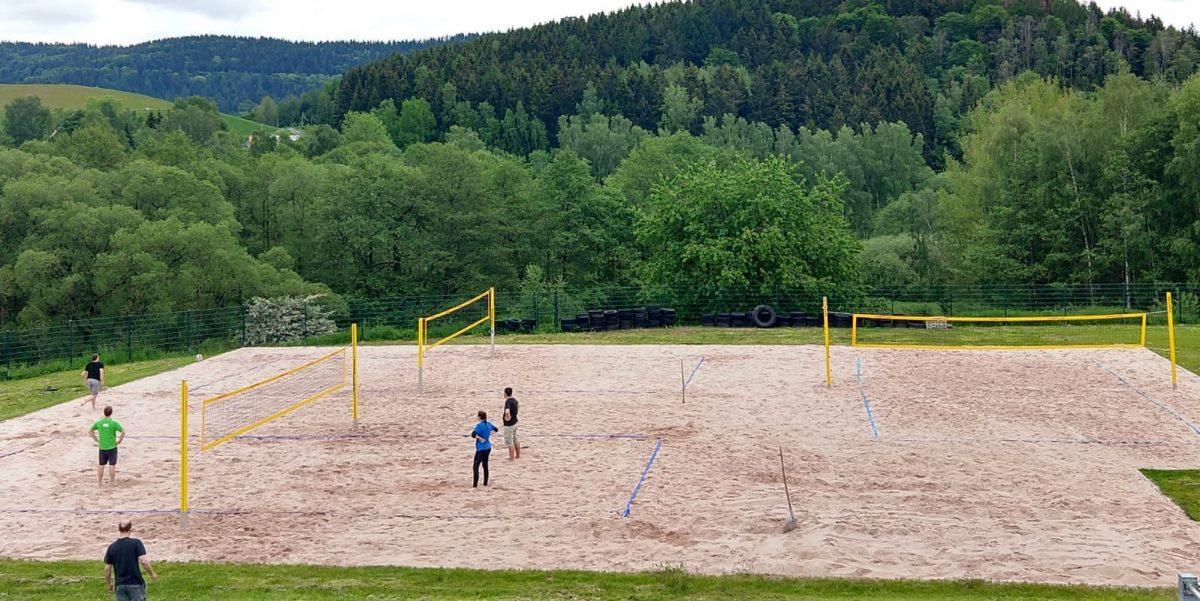 Anbeachen auf der 3-Felder-Beachanlage im Sportcenter Suhl