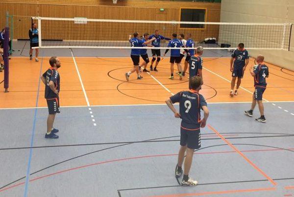 Volleyball Verbandsliga Süd Männer: VfB 91 Suhl : 1. TSV Bad Salzungen (2:3) . Wolfsgrube Suhl . 15.09.2018